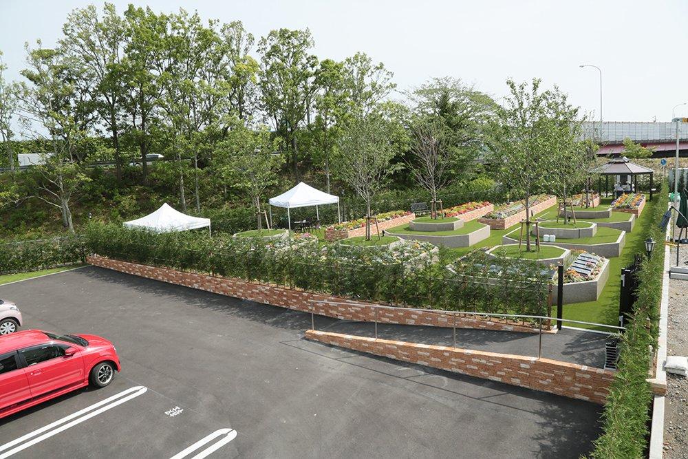 やいづさくら浄苑は駐車場完備